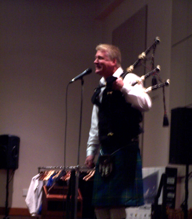 crabcjohnnybagpipes1